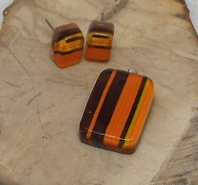Caliente Glass Pendant and Earrings